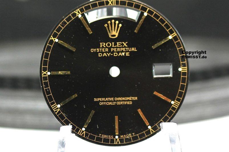 DD YG black dial
