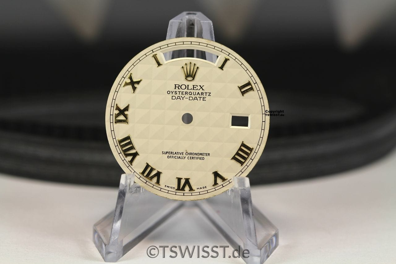 Rolex OQ DD beige pyramid Zifferblatt