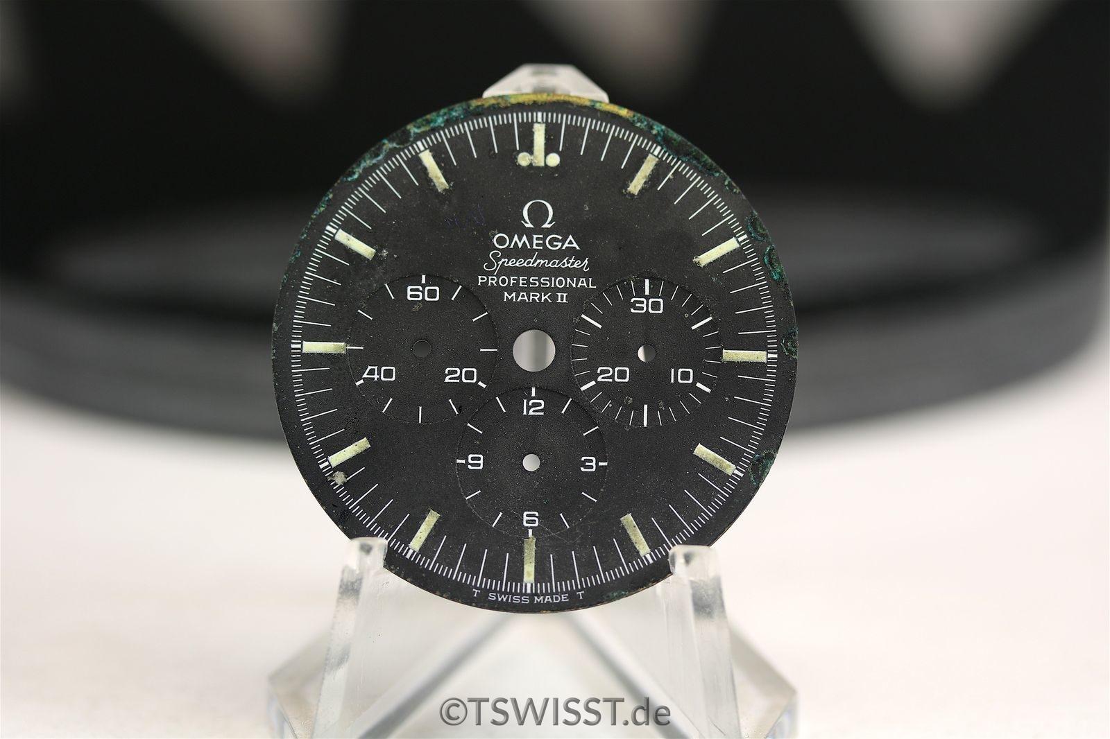 Omega speedmaster mkii dial