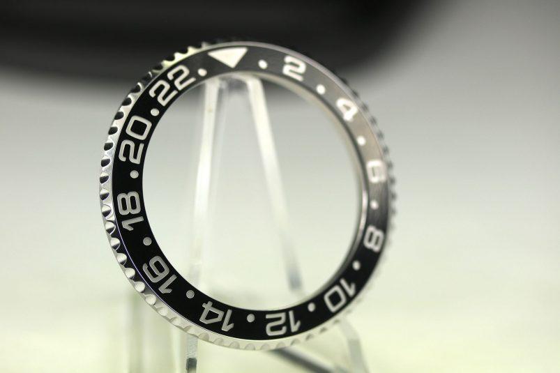 Rolex GMT 116710 bezel