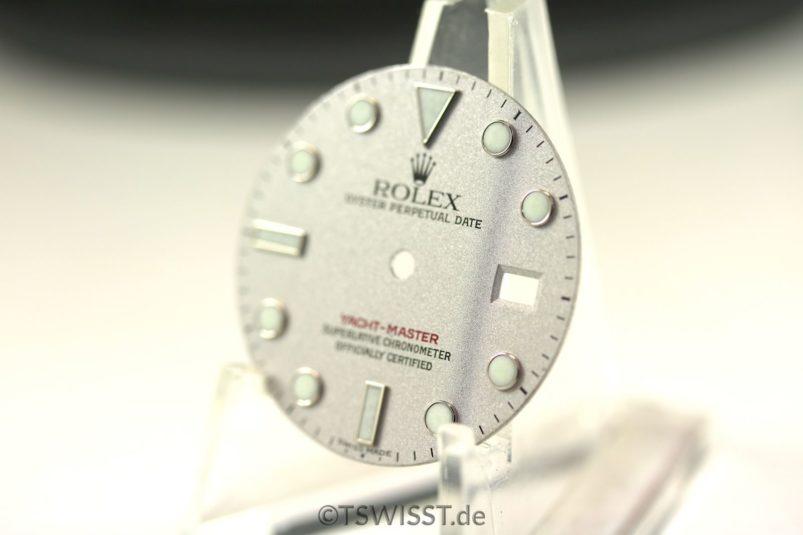 YM platinum dial