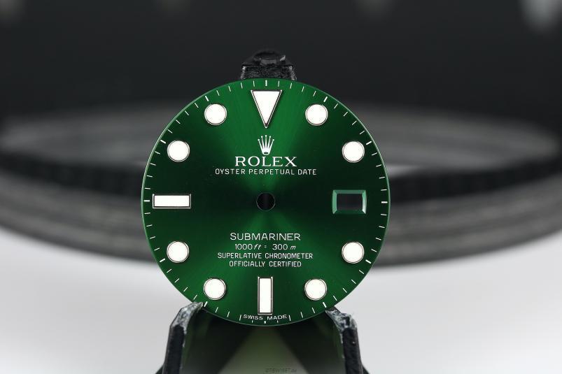 Rolex 16610LV dial