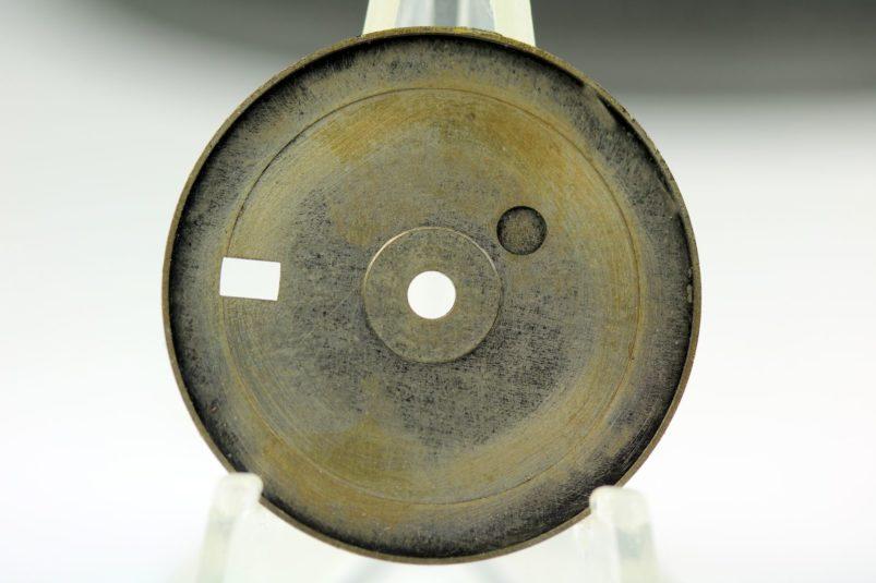 6542 gilt radium dial