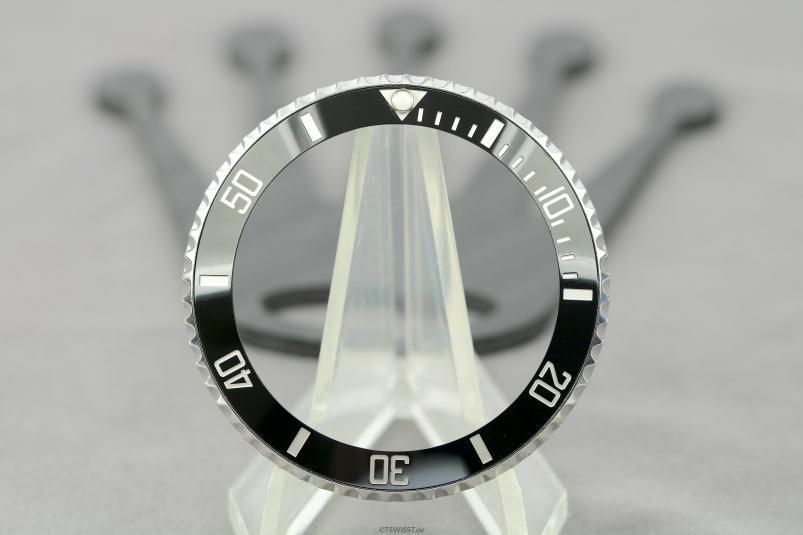Rolex 116610 bezel