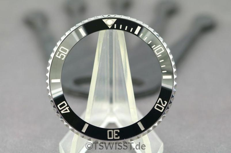 Rolex 114060 bezel
